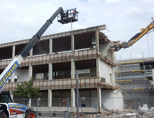 Altes Schulgebäude endgültig Geschichte